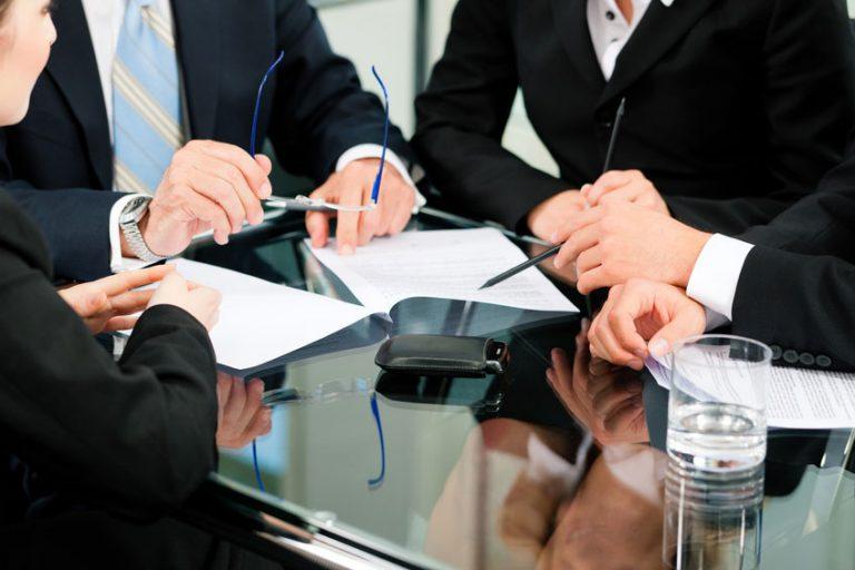 Les rôles d'un avocat en droit pénal dans le monde des affaires