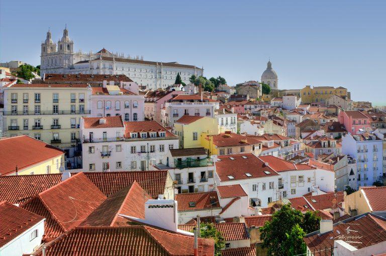 Un vol pas cher pour découvrir Lisbonne pendant les vacances
