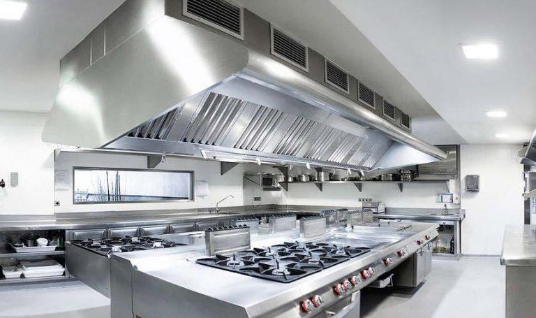 Le nettoyage de la hotte de cuisine, une tâche à confier à un professionnel