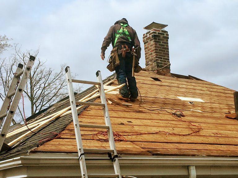 Comment remplacer la toiture ?