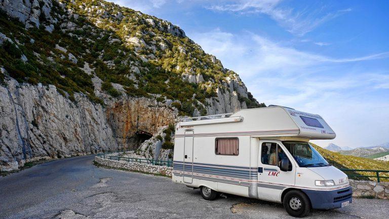 Comment réussir vos vacances en camping car