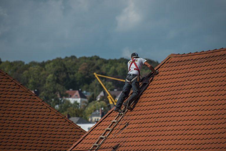 Des astuces pour réussir la réparation de son toit