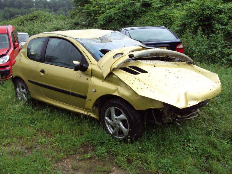 Que faire d'une voiture très endommagée ?